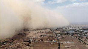 Las tormentas de arena que ocurren en el país son a menudo originarias del desierto de Gobi, situado entre China y Mongolia.