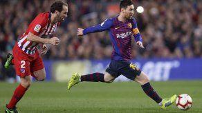 Godín anuncia su salida del Atlético
