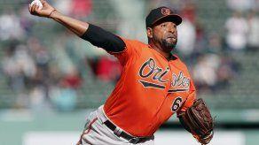 Orioles se imponen a Boston; hilan segundo triunfo