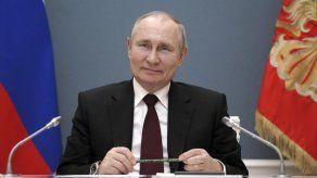 Rusia llama a consultas a su embajador en EEUU