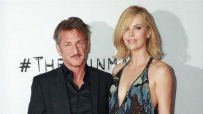Sean Penn quiere recuperar el amor de Charlize Theron