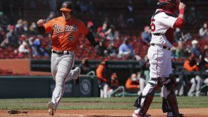 Orioles barren a Boston