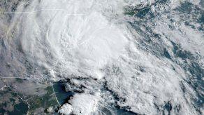 Meteorólogos dejarán de usar el alfabeto griego en huracanes