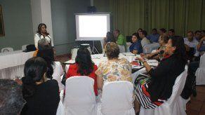 Docentes participaron de seminario para mejorar estrategias metodológicas