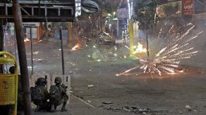 Este jueves temprano el ejército aumentó ese total a aproximadamente 1.500 cohetes contra Israel.