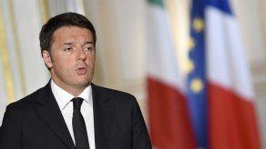 Renzi acude a La Scala e insta a no cambiar costumbres por amenaza terrorista