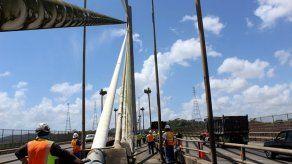 Realizan limpieza de Puente Centenario para inspección nivel III  de la estructura