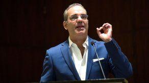 Candidato opositor Abinader promete limitar el gasto público en R.Dominicana
