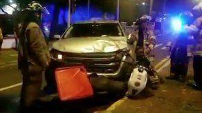 Motorizado falleció tras chocar contra un auto en la Avenida Federico Boyd
