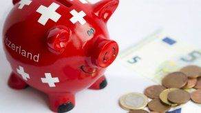 Suiza acaba con el secreto bancario y empieza a intercambiar información financiera