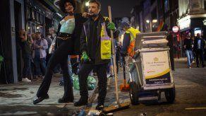 Reapertura de bares en Inglaterra no abruma a policías