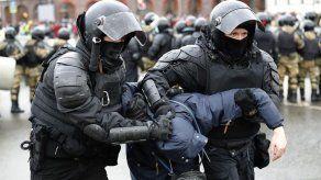 El Kremlin respalda la represión durante protestas en apoyo de Navalni