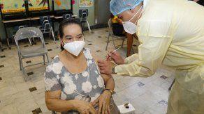 El circuito 8-7 culminó el proceso de vacunación dirigido a los adultos mayores de 60 años, mujeres embarazadas y docentes, dice el Minsa.