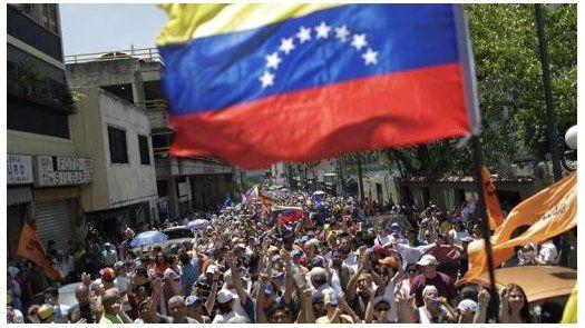 Opositor venezolano culpa al chavismo de desabastecimiento alimentario