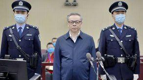 China ejecuta a exfuncionario por un caso de sobornos