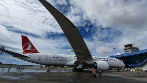La aerolínea Turkish Airlines aterriza su primer avión en Panamá tras siete meses de suspensión