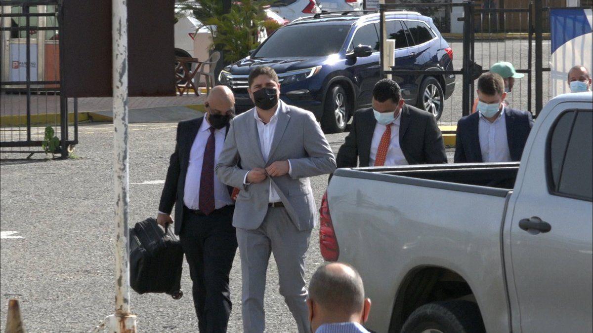 Julio Caballero a su llegada a la audiencia de imputación por el caso bolsas de comida de Panamá Solidario.