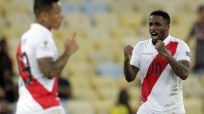 Perú: Farfán fuera de la Copa América por lesión en rodilla