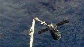 Nave de carga llega a Estación Espacial