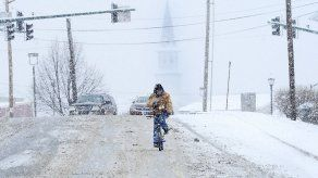Clima frío en EEUU cobra más de 20 vidas en 8 estados