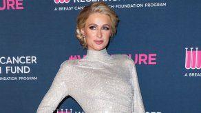 Paris Hilton anuncia su compromiso con Carter Reum