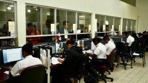 Migración extiende por 15 días hábiles vigencia de permisos de residencia a extranjeros