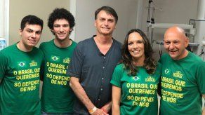 Dan de alta al candidato presidencial brasileño Bolsonaro