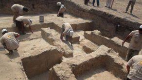 Arqueólogos investigan posible nueva civilización en la costa norte de Perú