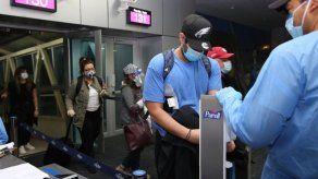 Llegan a Panamá más de 100 ciudadanos que estaban varados en EEUU