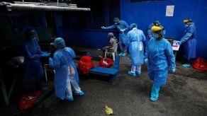 Asesor del Minsa: Las contrataciones de médicos nacionales no van a parar