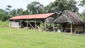 Parte de la aldea donde operaba la secta religiosa en la comunidad de El Terrón, en la Comarca Ngäbe Buglé.