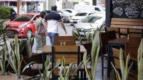 Asociación de Restaurantes exige publicar lista de comercios que incumplen medidas sanitarias