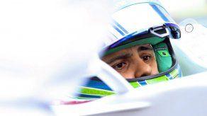 Sainz dice que Sergio Pérez y Felipe Massa son los que más le han sorprendido