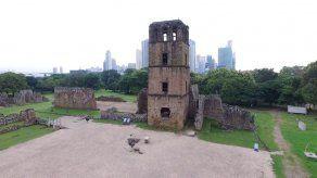 Desde 1955 se estableció el 15 de agosto como feriado para el distrito de Panamá