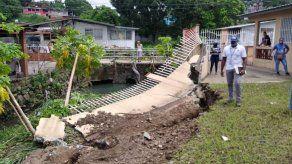Miviot atiende daños por hundimiento de tierra y derrumbe en San Miguelito