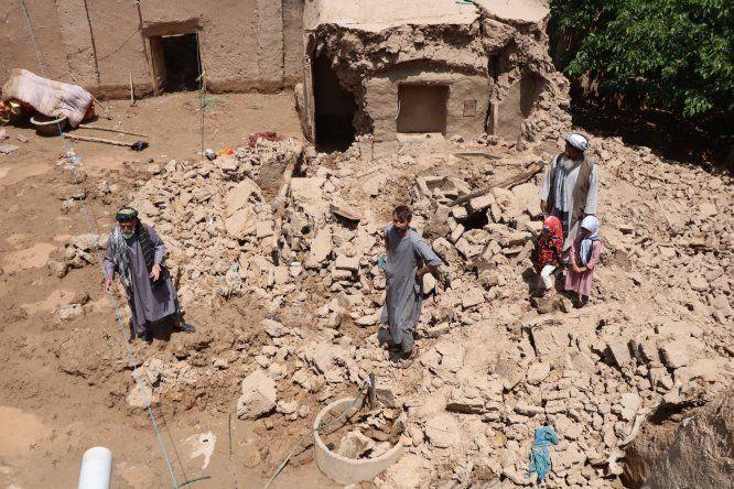 Cientos de familias en Afganistán se han visto desplazadas y unos mil hogares han resultado dañados o destruidos. Además las lluvias también han golpeado a los agricultores