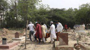 India reporta más de 100.000 casos nuevos de COVID en un día