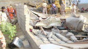 Deslave mata a 13 personas en un asentamiento en Pakistán