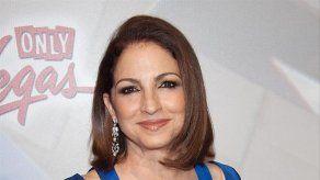 Pitbull podría hacer una aparición en el intermedio de la Super Bowl según Gloria Estefan