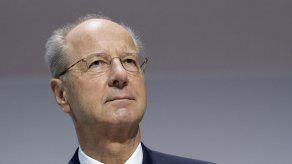 Presidente de Volkswagen condena pruebas de humos con monos
