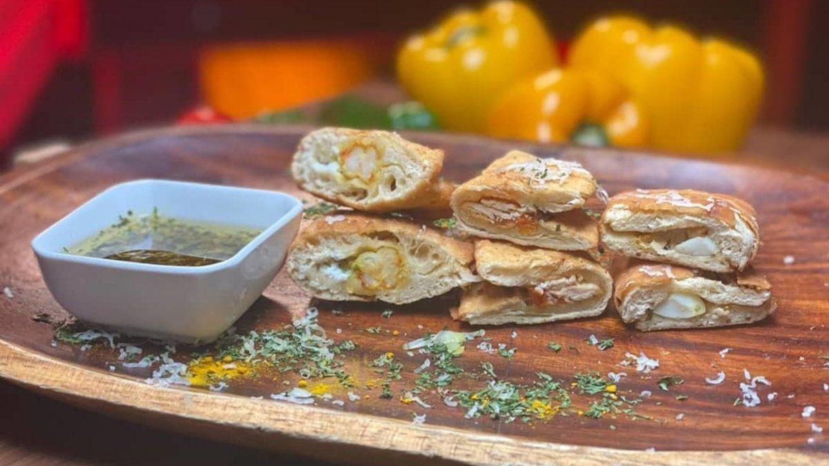 Receta de Jossie y Madelaine: Empanada de pollo, puerco y camarón