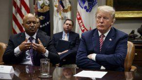 Asesores tratan de contener a Trump de cara a las elecciones