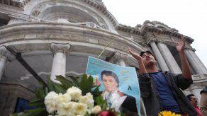 Forense: No analizaremos muestra de sangre de Juan Gabriel