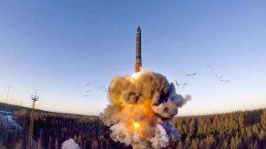 EEUU busca extender 5 años tratado nuclear con Rusia