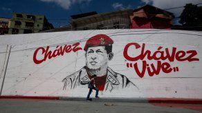 EEUU financia grupos en Venezuela pese a veda