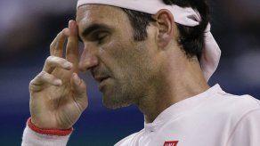 Federer vuelve a sufrir en Shanghái