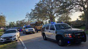 Maestros de Florida podrán ir armados a clase desde el 1 de octubre