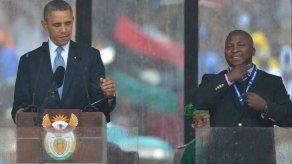 Intérprete en acto a Mandela: Estaba alucinando