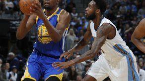 Nuggets igualan marca de triples en NBA