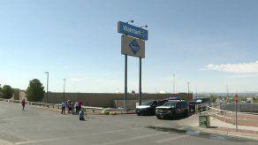 México estudia denunciar por terrorismo a autor de tiroteo en El Paso